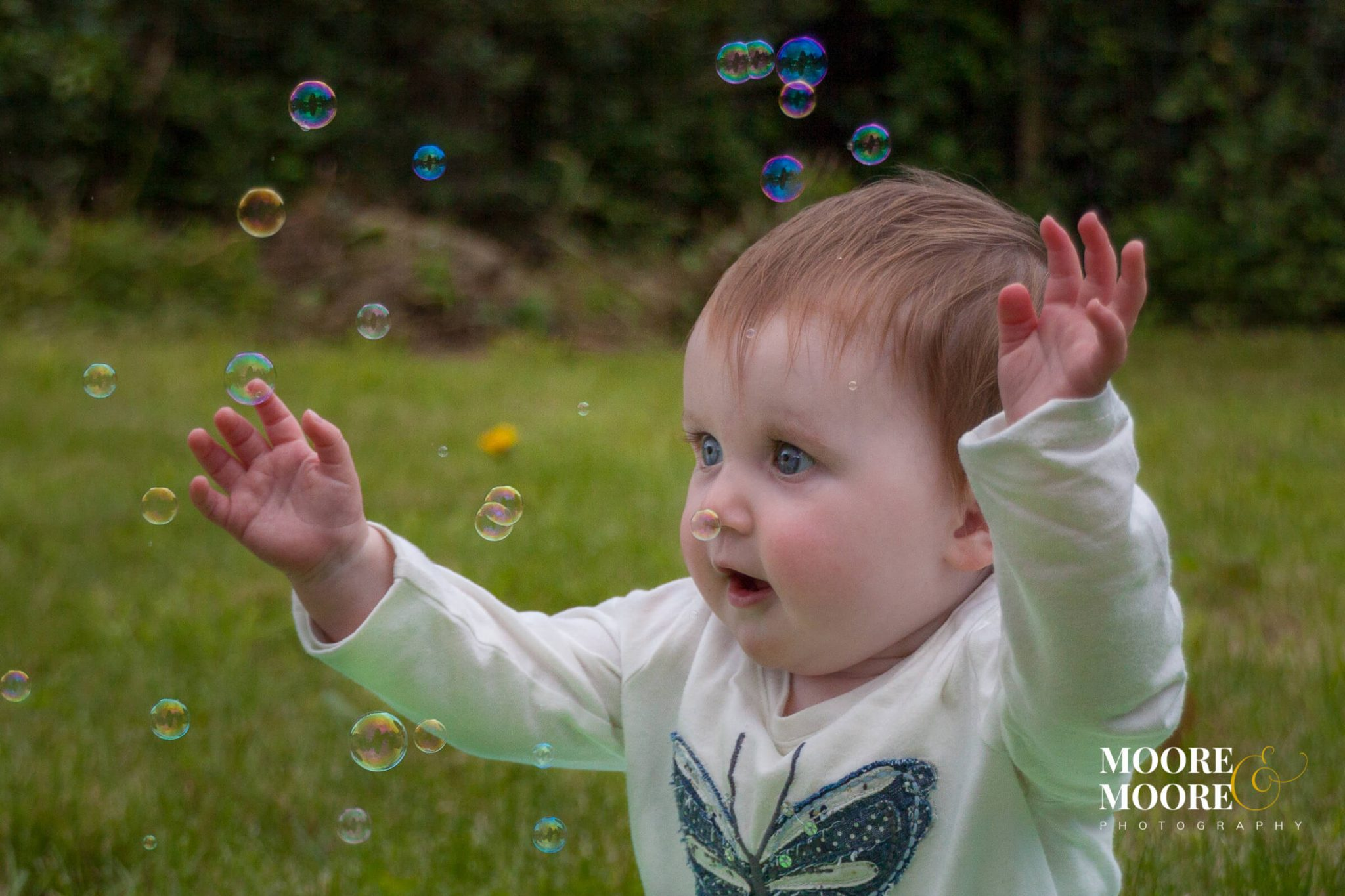 child-with-bubbles-photography-portrait photography