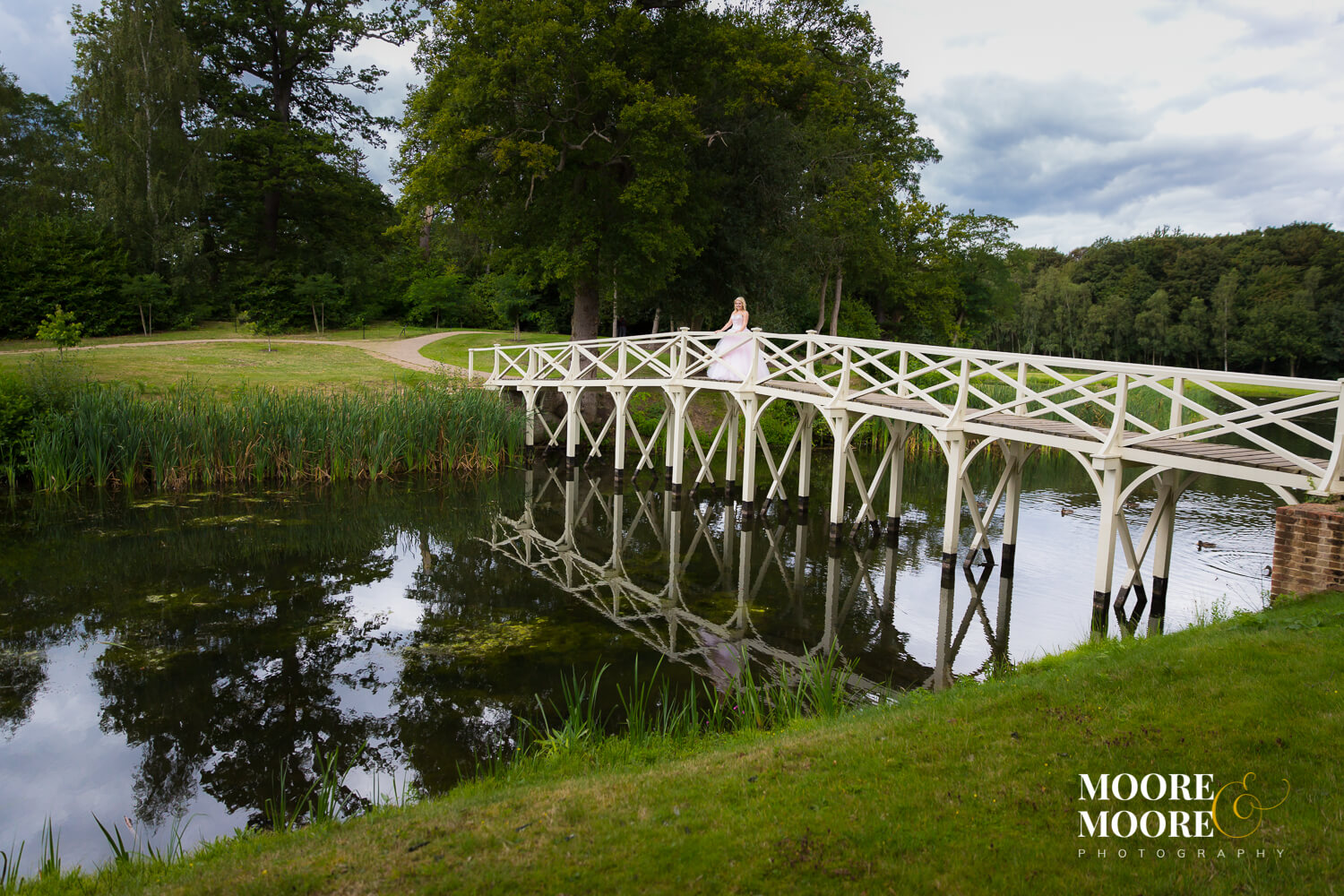 prom shoot at Painshill prom-year-photography-by-moore-moore-photography-hampshire