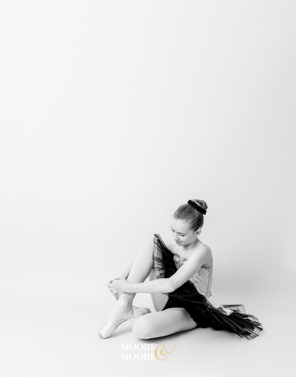 Pointe shoes Dance Photoshoot at Moore & Moore Photography