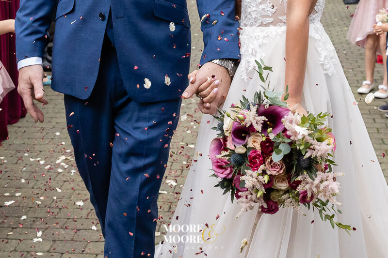 great-confetti-wedding-photos.-berkshire-surrey-hampshire-wedding-photographer-moore-moore-photography