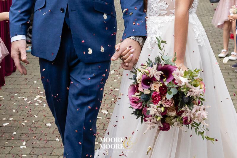 great-confetti-wedding-photos.-berkshire-surrey-hampshire-wedding-photographer-moore-moore-photography