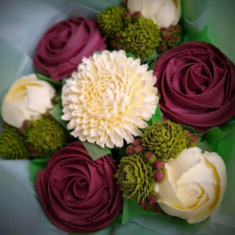 burgundy-white-green-cupcake-bouquet cake